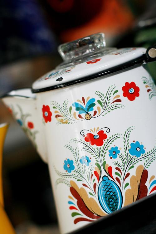 Color coffee pot