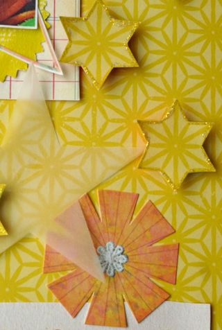 Scrapbook_layers_button_yellow_family_summer_happy