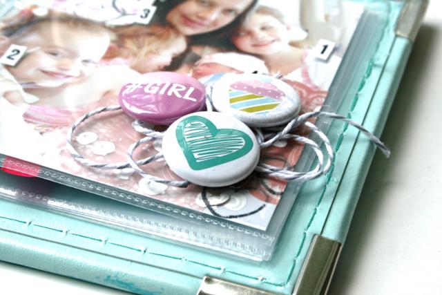 Ashli-Oliver-soapHOUSEmama-A-Flair-Flor-Buttons-Mini-3